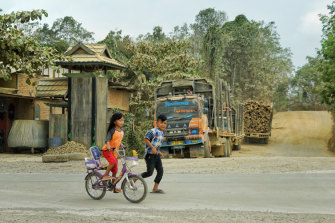 Villagers in Pemaluan are worried the new capital will threaten their way of life.