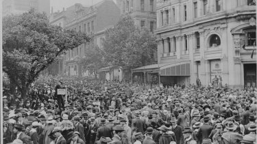 The corner of Collins and Swanston Streets, Armistice Day, 1918.
