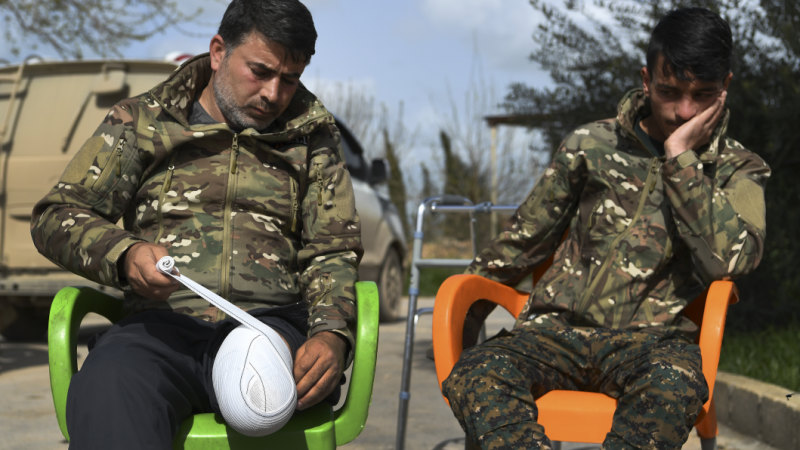 Syria's Kurds demand visas to heal their soldiers wounded fighting IS