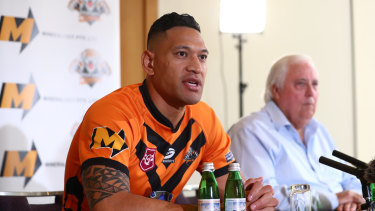 """Israel Folau, pictured with backer Clive Palmer, said on Friday he was excited to return to the """"grassroots level""""."""