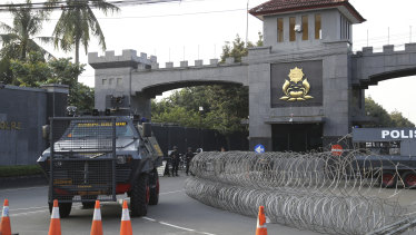 The riot at the detention centre near Indonesia's capital left a number of officers and a prisoner dead.