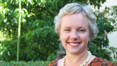 Vaccine expert Professor Julie Leask says gentle, respectful persuasion works best.