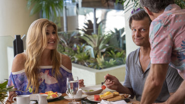 Connie Britton and Steve Zahn in HBO's The White Lotus.