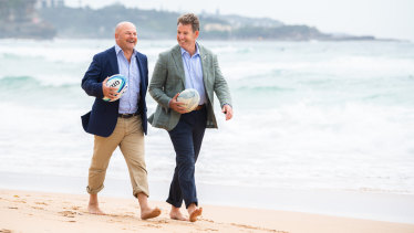 Former Rugby Australia boss Rob Clarke (left) and New Zealand Rugby chief executive Mark Robinson at the end of 2020.