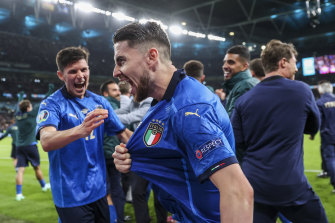 Jorginho celebrates after his penalty sent Italy to the final of Euro 2020.