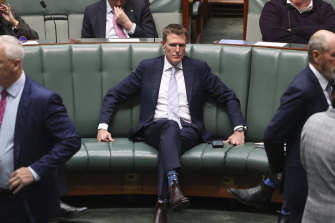 Industry Minister Christian Porter withdrew his defamation action against the ABC on Monday, with the parties settling out of court.