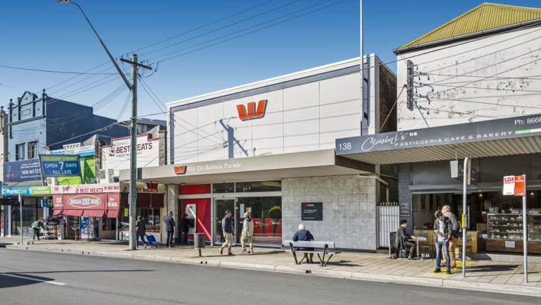 The Railway Parade, Kogarah site leased to Westpac has been sold at auction.