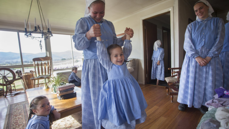 Meet The Mccallums One Of Australia S Few Amish Families