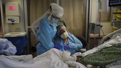 'Completely unfathomable': US death toll from coronavirus hits 200,000