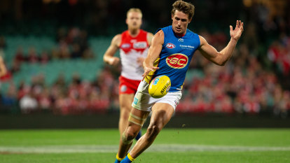 Flu jabs will not be mandatory for AFL players, league says