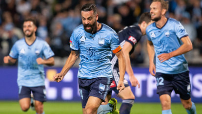 Sydney FC has a new breed of obsession with 'bling'