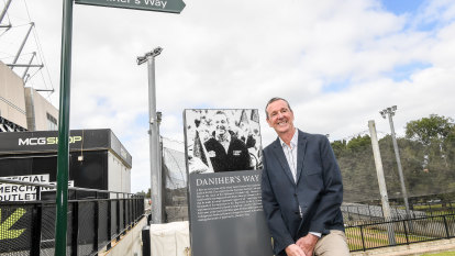MCG walkway to honour Neale Daniher's fight against MND