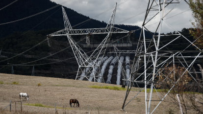 Households could be up for $2b electricity transmission cost blowout