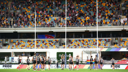 AFL fans to the rescue