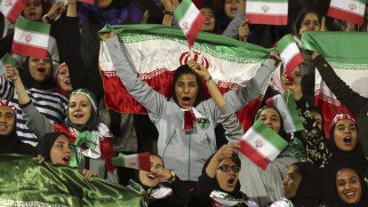 FIFA tells Iran to let women into stadiums