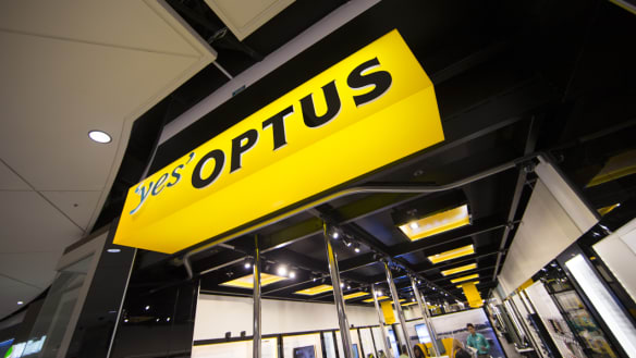 Anger as outages hit Optus customers across the country