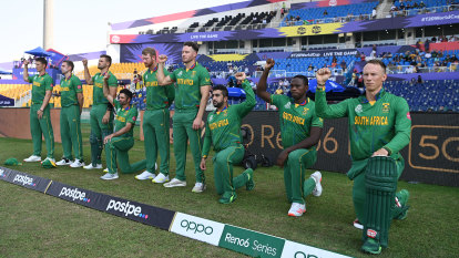 Claims de Kock stance aimed at Cricket South Africa, not anti-racism gesture