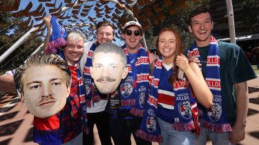 Fans arrive for the 2021 AFL Grand Final.