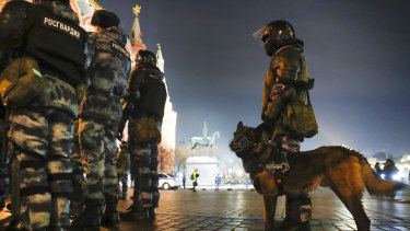 Servicemen of the Russian National Guard gather at the Red Square to prevent a protest rally for Navalny.