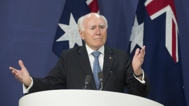 Former prime minister John Howard pays tribute to Bob Hawke at a press conference in Sydney.