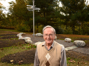 Round-the-world sailor Professor Marvin Creamer taught geography  at Glassboro State College, now Rowan University, in New Jersey, where a public art monument commemorates his historic voyage.