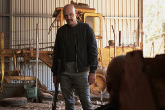 Scott Ryan plays hit-man Ray Shoesmith in Mr Inbetween.
