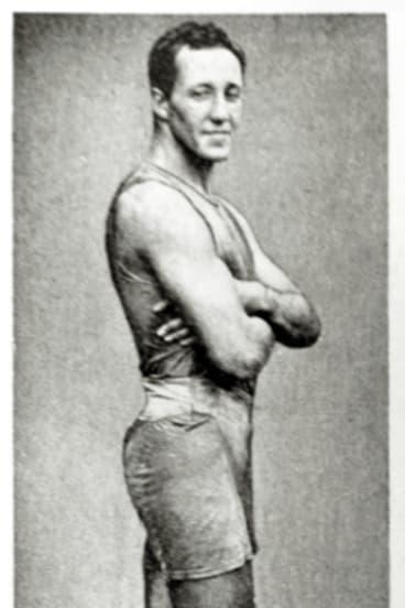 Cecil Healy.