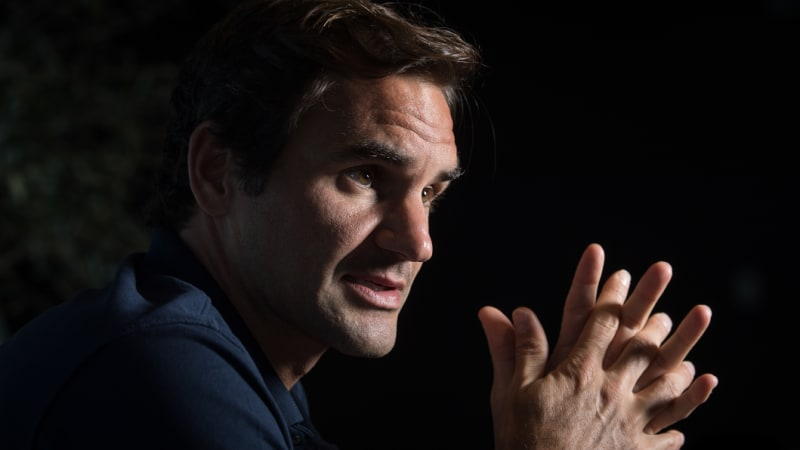 Federer 'hit hard' by Murray's early retirement