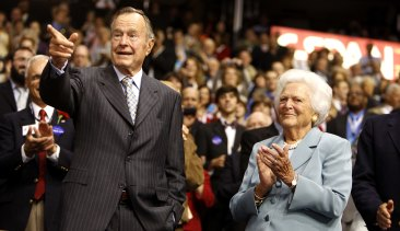 Former US president George H. W. Bush and his wife Barbara at the Republican National Convention in 2008.