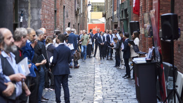 A large crowd turned up for the auction of 27 Niagra Lane.