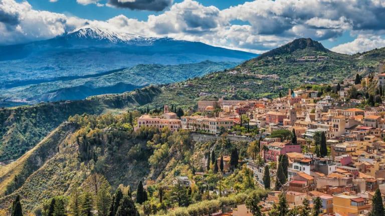 The town of Taormina: beautiful, yet barely navigable.