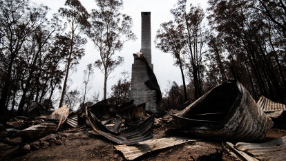 Local businesses given priority in bushfire clean-up work