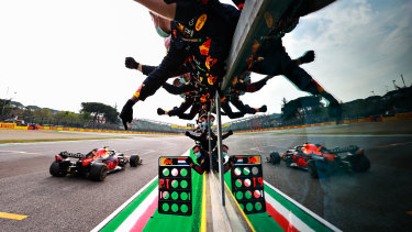 Max Verstappen crosses the line to win the Emilia Romagna Grand Prix for Red Bull.