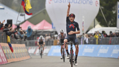 Ineos' new leader steps up to claim Giro stage win
