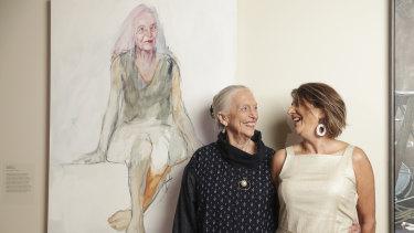 Artist Anthea da Silva and Elizabeth Cameron Dalman with the winning portrait.