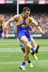 Best on ground: Luke Shuey.