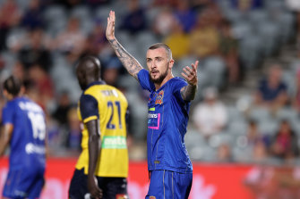Roy O'Donovan and his Newcastle Jets teammates will be offered new contracts with the entity that now owns the club.
