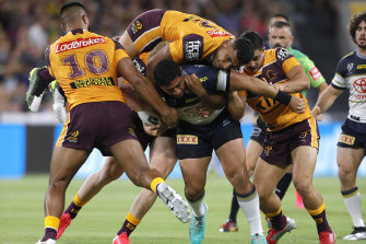 Border closures currently affect more than 150 NRL players and staff in Queensland.