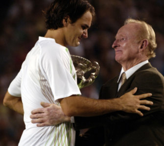 Laver presents the 2006 Australian Open trophy to an emotional Roger Federer.