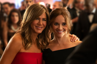 Jennifer Aniston and Reese Witherspoon star in Apple TV+ show Morning Wars.