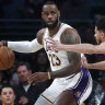 LeBron powers Lakers to victory, Bucks achieve best start to a season