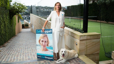 Zali Steggall supporter Anna Josephson with her dog, Tass, at her Beauty Point home in the seat of Warringah.