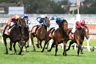 Portland Sky and Celebrity Queen dead-heat for first place in Saturday's Oakleigh Plate.