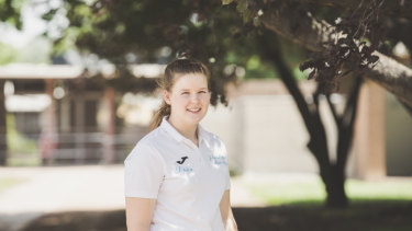 Sophie Rolfe is the recipient of a $1000 grant for women in racing.
