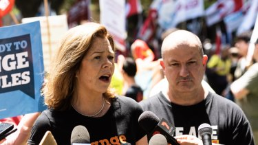 A parliamentary committee has backed ACTU concerns about the government's union-busting bill.