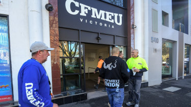The CFMEU has agreed to lower than usual wage rises in the Victorian construction industry.
