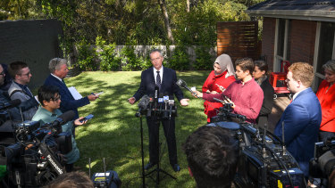 Labor is planning an aggressive push into Liberal-held seats, starting its election campaign in the backyard of a house in the Melbourne electorate of Deakin.