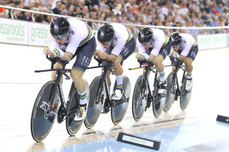 Sam Welsford, Leigh Howard, Kelland O'Brien and Alexander Porter won silver in the men's team pursuit.