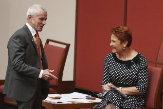 One Nation Senator Malcolm Roberts wants to force casuals to ask for conversion rights.