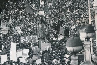 Anti-Vietnam War protesters sit down outside Myer on Bourke Street in 1970.